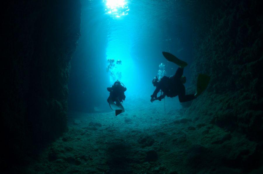 VahoE・バホイ 青の洞窟