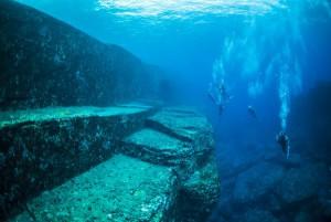 与那国海底遺跡 メインテラスの階段