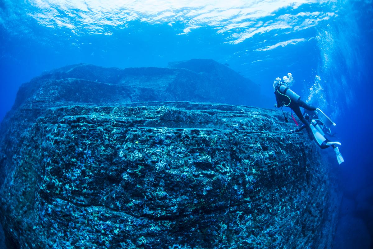 与那国海底遺跡 ループ道路