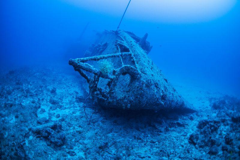 USS EMMONS 米軍駆逐艦エモンズ 沖縄の沈没船 水中撮影