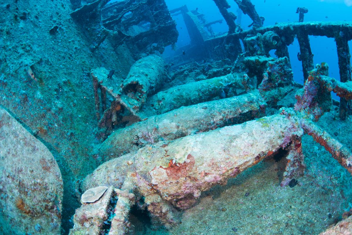 爆雷(対潜機雷)と魚雷