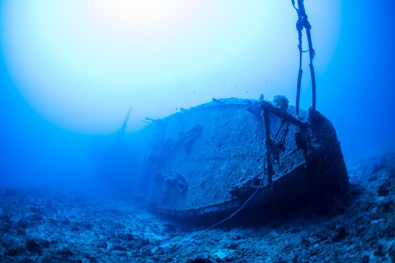 米軍駆逐艦エモンズの船首【沖縄の沈没船】