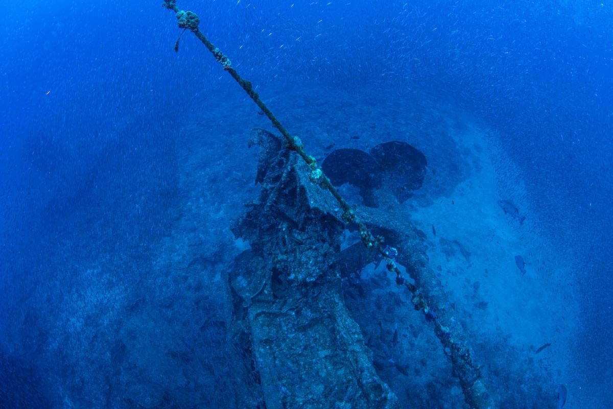 USSエモンズの船尾