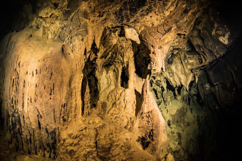 辺戸岬ドームの鍾乳石