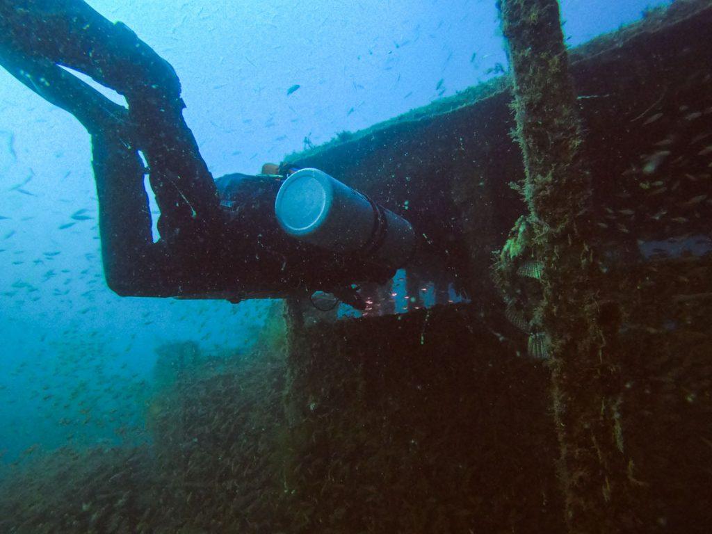 南紀白浜の沈没船